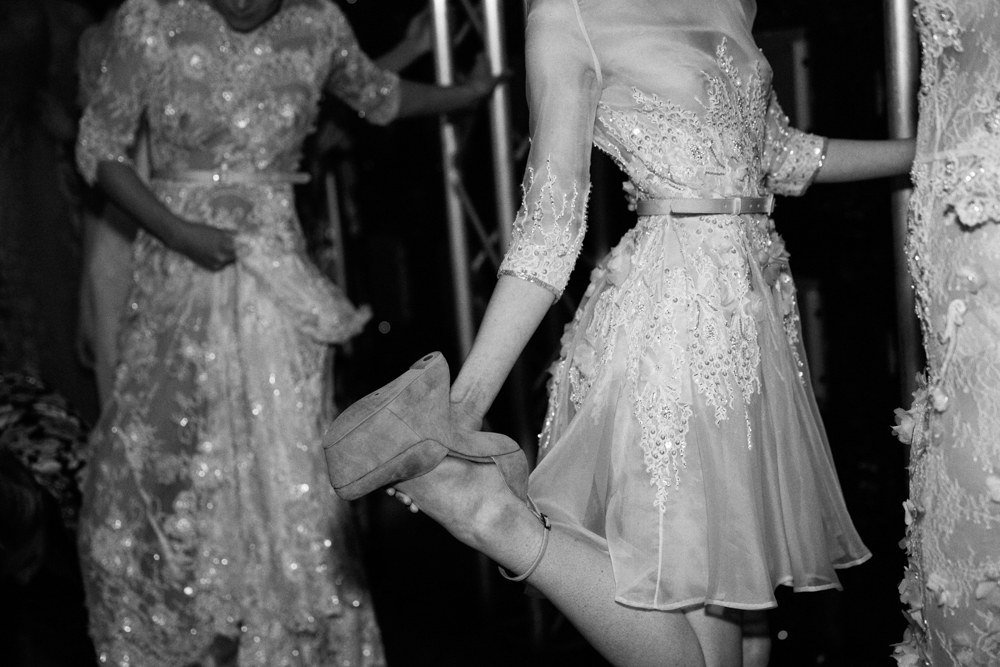 shoes on_shoes off_backstage