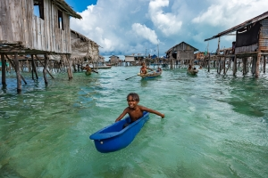 BAJAU SEA GYPSİES