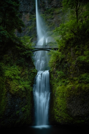 Alone at Multnomah Falls